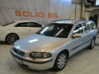 begagnad Volvo V70 2.4 140hk NY BESIKTIGAD