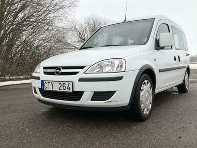 begagnad Opel Combo Tour 1.6 CNG