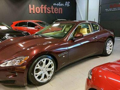 begagnad Maserati Granturismo 4.2 V8 405hk NAVI BLUETOOTH SKINN AUT
