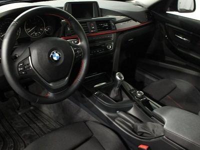 begagnad BMW 318 d Touring 1,95% Ränta Kombi