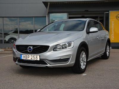 begagnad Volvo V60 CC D3 Momentum, Drag, VOC,Låg skatt