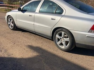 used Volvo S60 t5 -05
