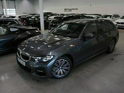 begagnad BMW 330e Touring M Sport Navi Fartpilot Drag HiFi