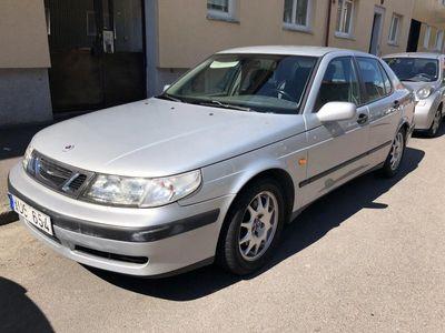 begagnad Saab 9-5 2.3T (renoverings/reservdelsbil)