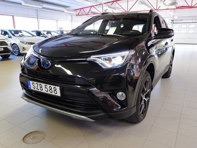 begagnad Toyota RAV4 Hybrid E-FOUR AWD ActivePlus | Drag | V-hjul | 7 års garanti