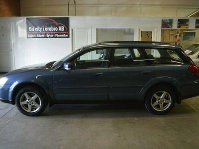 begagnad Subaru Outback 2.5 (167hk) 4WD Automat/ 2-Ägare / Xenon / Drag / Nyservad