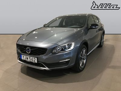 "begagnad Volvo V60 CC ""Bränslekampanj 3.000:-"" D4 AWD Bus Adv Summum"