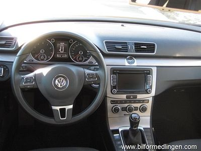 begagnad VW Passat 1.4 TSI Multifuel Variant Sv-såld Leasbar Dragkrok