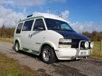 begagnad Chevrolet Astro AWD Hightop och Starcraft pkt -95