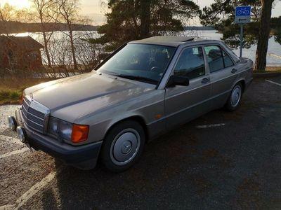 begagnad Mercedes 190 4G-Tronic, 118hk