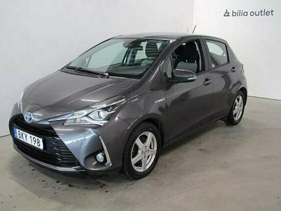 begagnad Toyota Yaris 1.5 Hybrid 5dr Active Navi (101hk)
