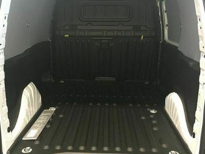 begagnad Citroën Berlingo L1H1 100 hk manuell backkamera dieselvärmare drag