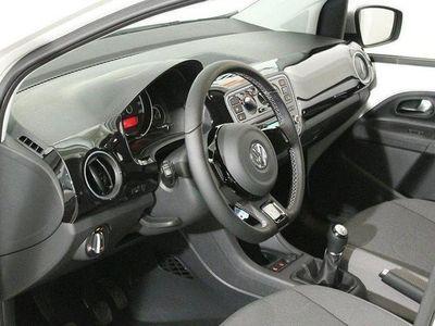 begagnad VW up! CROSS 75HK DRIVEPKT
