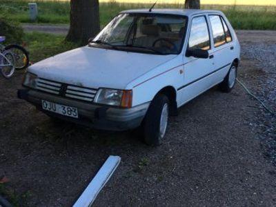 begagnad Peugeot 205 -89