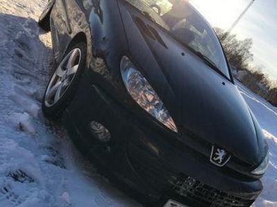 begagnad Peugeot 206 CC
