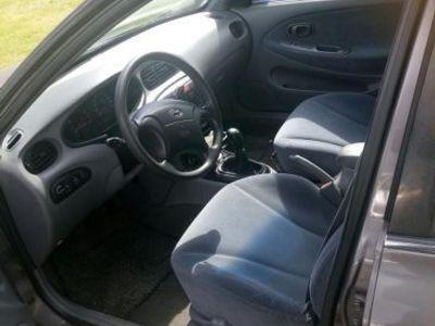 begagnad Hyundai Elantra