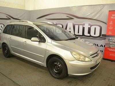 begagnad Peugeot 307 2.06 SITS BESIKTAD NYSERVAD PANORAMA