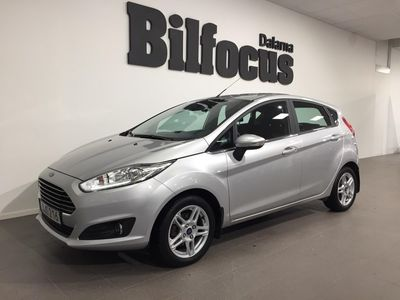 begagnad Ford Fiesta Titanium 1.0T EcoBoost 100hk Ny servad!