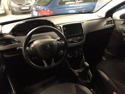 begagnad Peugeot 208 1,4 95hk