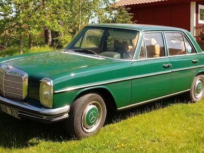 begagnad Mercedes W114 2501972