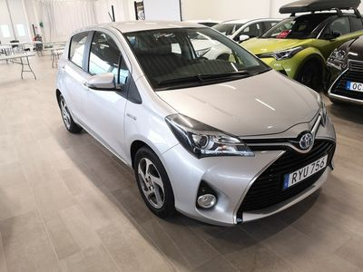 begagnad Toyota Yaris Hybrid Hybrid
