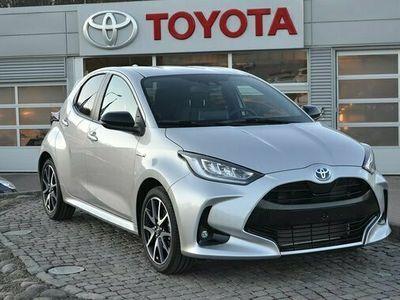 begagnad Toyota Yaris 1.5 Hybrid Style Automat 2021, Halvkombi Pris 221 900 kr