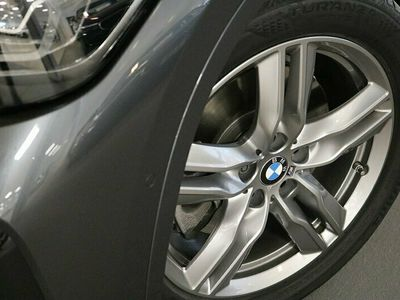 begagnad BMW X1 xDrive20d M Sport Drag Winter Backkamera HiFi