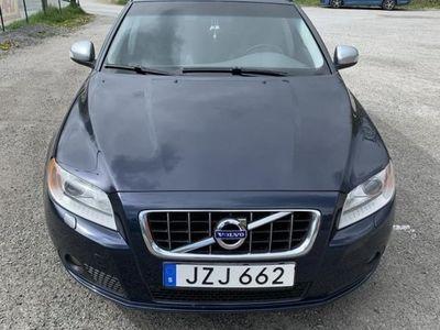 begagnad Volvo V70 2.5T F Momentum Business 231hk AUT
