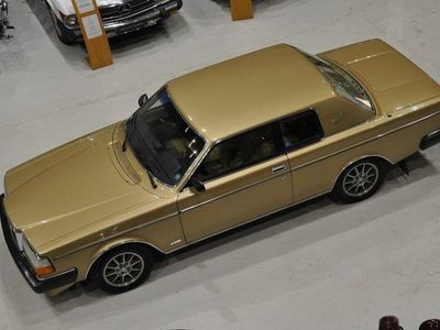 begagnad Volvo 262 Bertone 2.7 V6 Automat 140hk