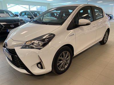 begagnad Toyota Yaris Hybrid 1,5 HSD ACTIVE