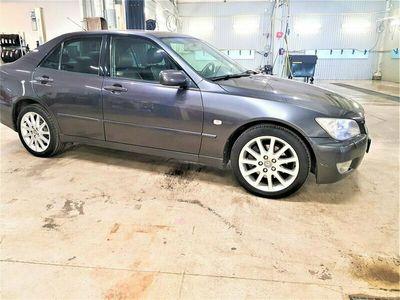 begagnad Lexus IS200