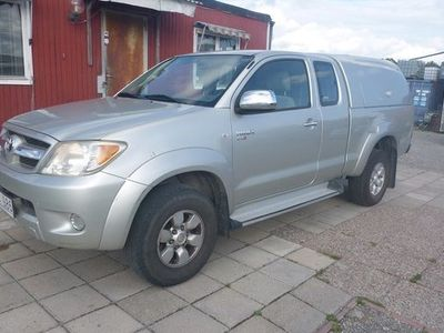 begagnad Toyota HiLux Extra Cab 2.5 4WD 2006, Pickup 89 500 kr