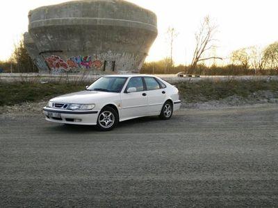 begagnad Saab 9-3 2.0T -00