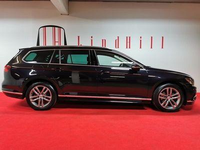 begagnad VW Passat Sportscombi 2.0 TDI R-Line 4Motion DSG Sekventiell Sport Euro 6