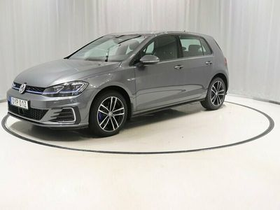 begagnad VW Golf GTE 1.4 TSI PLUG-IN-HYBRID 110 KW