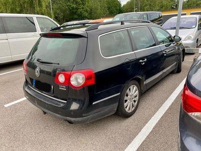 begagnad VW Passat 2.0FSI Highline 4motion