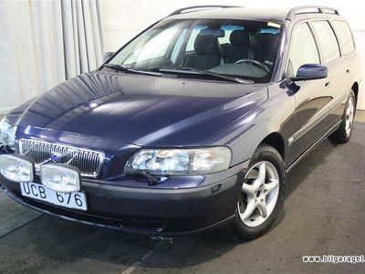 begagnad Volvo V70 V70 2.4Addition med Stereo Kombi 2004