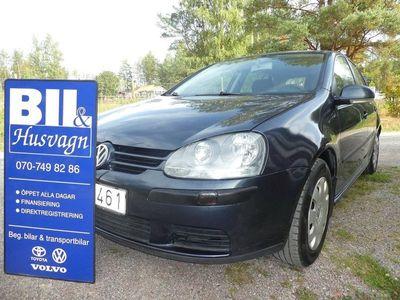 begagnad VW Golf 5D 1.6 102HK/NYSERVAD/FINANS/
