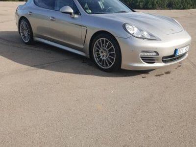 begagnad Porsche Panamera -12