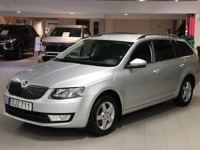 begagnad Skoda Octavia 1.6 TDI Dsg Abition Media Plus
