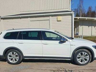 begagnad VW Passat Alltrack 2.0 TDI SCR 4M DS Executive Business Euro 6 190h