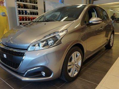 begagnad Peugeot 208 5-dörrar 1.2 VTi Euro 6 82hk Signature
