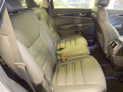 begagnad Kia Sorento 2,2 CRDi AWD Aut komfort 7-sits