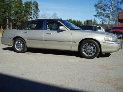 begagnad Lincoln Town Car Signature LTD Carriageroof S -06