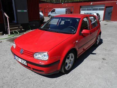 used VW Golf 5-dörrar 1.6 100hk