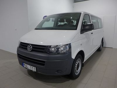 begagnad VW Caravelle T5 Trend TDI 140 9-Sits