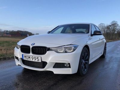 begagnad BMW 330 3-serien i Sedan, F30