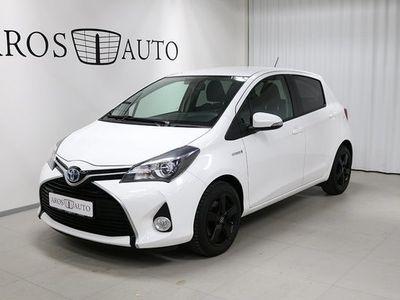 begagnad Toyota Yaris Hybrid 1.5 Aut Edition 50 Vinterhjul 2015, Halvkombi 124 000 kr