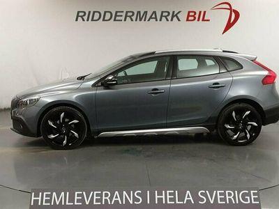 begagnad Volvo V40 CC D2 115hk Nyservad DVärm VOC 3.9l/100