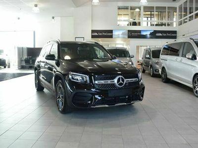 begagnad Mercedes GLB200 - Benzd 4Matic 7 - Sits AMG Drag Demo